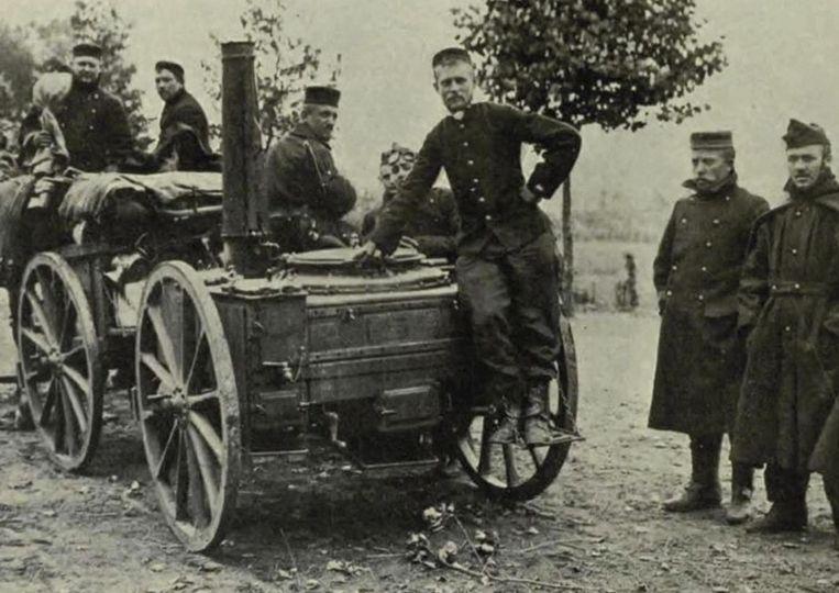Een rijdende legerkeuken uit 1914-18.