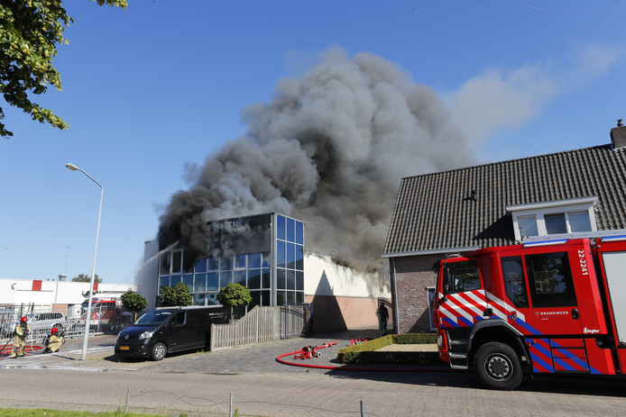 Brand bij Lealti in Middelbeers/