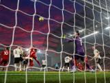 Van Dijk wijst Liverpool de weg tegen Manchester United
