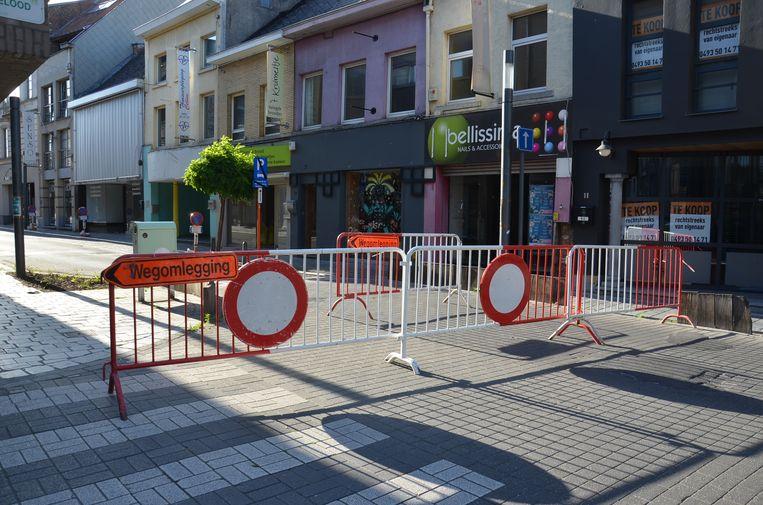 De Geraardsbergsestraat wordt tijdens het weekend afgesloten voor een 'terrasstraat'.
