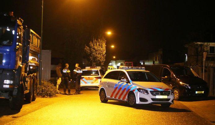 Onderzoek na steekpartij in Heeswijk-Dinther.