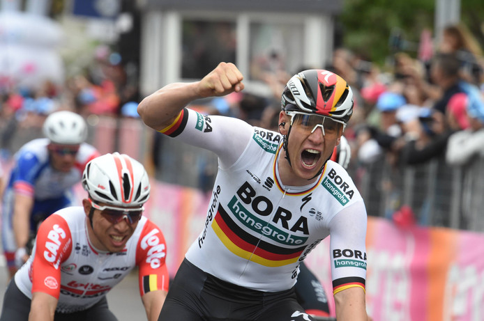 Pascal Ackermann won gisteren de tweede etappe in een massasprint.