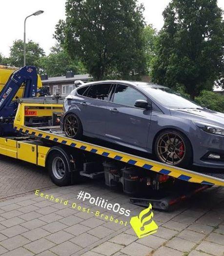 Auto in beslag genomen bij inval in Oss