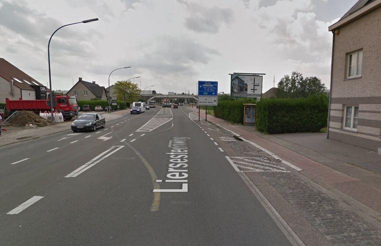 De Liersesteenweg tussen R6 en Walemstraat in Elzestraat (Sint-Katelijne-Waver)