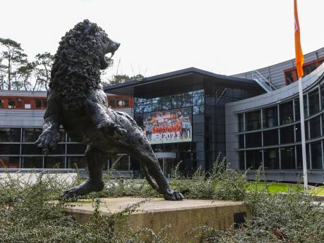 KNVB, ING en internationals doneren 11 miljoen euro aan Nederlands voetbal