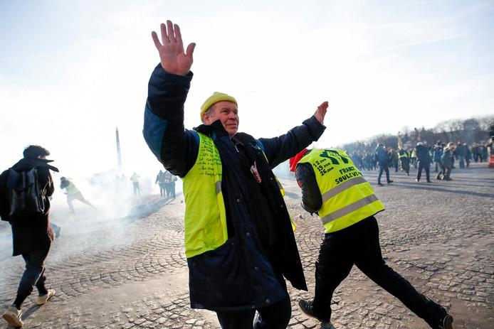 Manifestant à Paris, le 5 février