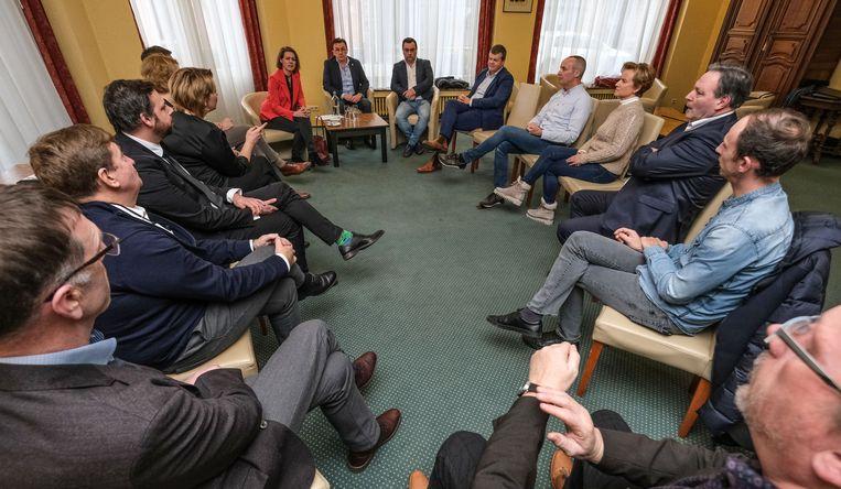 In de namiddag was er overleg tussen de minister en hoteluitbaters, waar het vooral over de brexit ging.