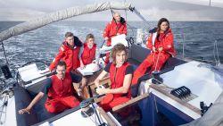 Extreme zeiltocht van zes BV's deze zomer te zien op Telenet