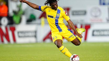 Football Talk. Rocky Bushiri naar KV Mechelen? - Standard stelt nieuwe shirts voor en strikt Benjamin Nicaise als technisch directeur