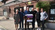 Lopers en BV's zamelen geld in voor 'Stichting tegen Kanker'