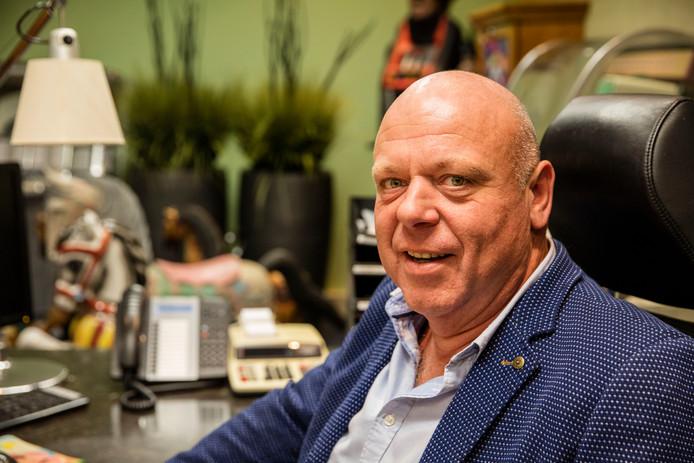 Peter Gillis.