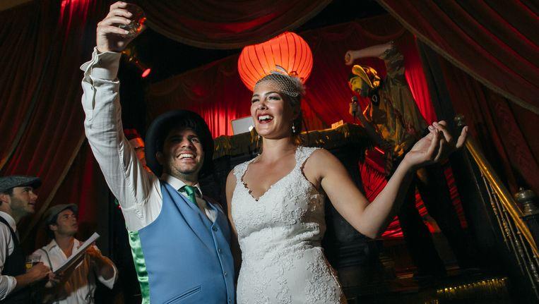 De bruiloft van Marije en Ivo, op 17 november beschreven in de PS-rubriek Lang&Gelukkig. Thema: Cirque excentrique d'amour. Beeld Daphne van Groeningen