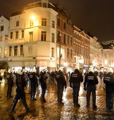 Vlaamse ministers dringen aan op eengemaakte politie