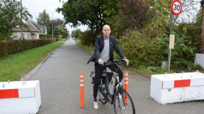Knip in Bosstraat verdwijnt: asverschuivingen, grasbetontegels en rijbaankussens komen in de plaats