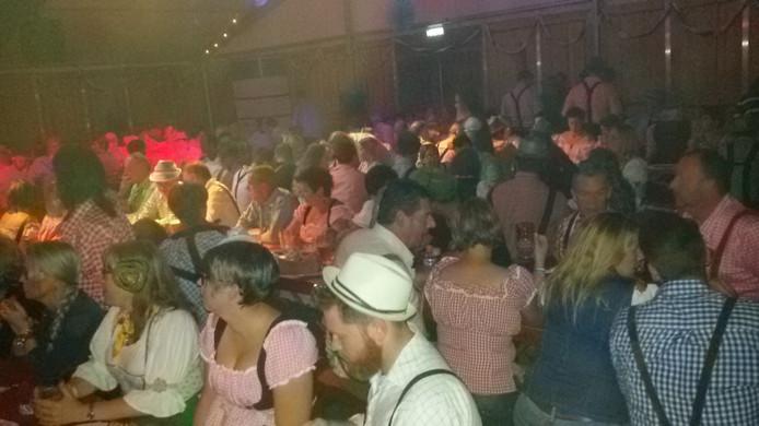 De 640 beschikbare plaatsen voor eht Oktoberfest in Den Dungen gingen al in de voorverkoop grif van de hand