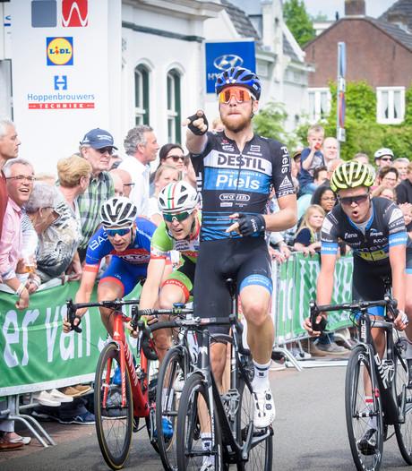 Kerkhof sprint naar fraaie  zege in Omloop der Kempen