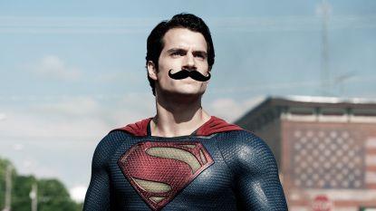Internet heeft de grootste pret met Supermans snor