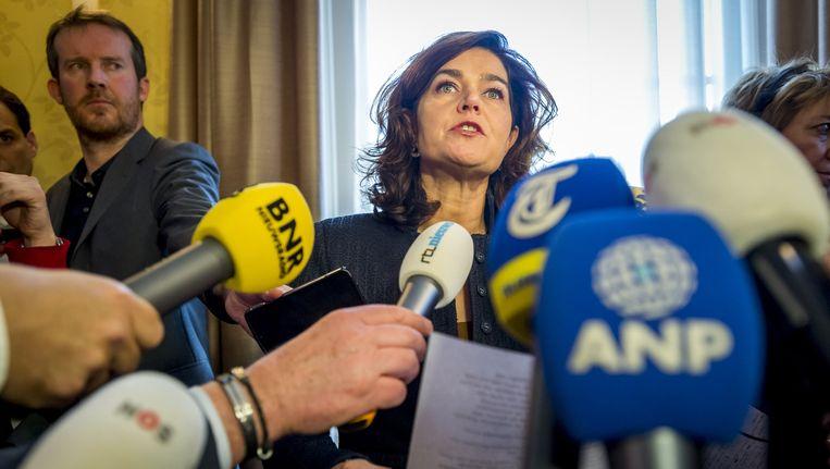Anouchka van Miltenburg staat de pers te woord, nadat het presidium heeft overlegt over het lek bij de commissie-Stiekem. Beeld anp