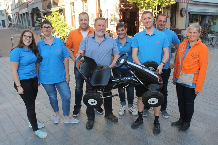 Bruno Vandierendonck organiseert in augustus opnieuw de gocartrace. Hij krijgt daarbij hulp van carnavalsgroep De Vrie Kadeikes.