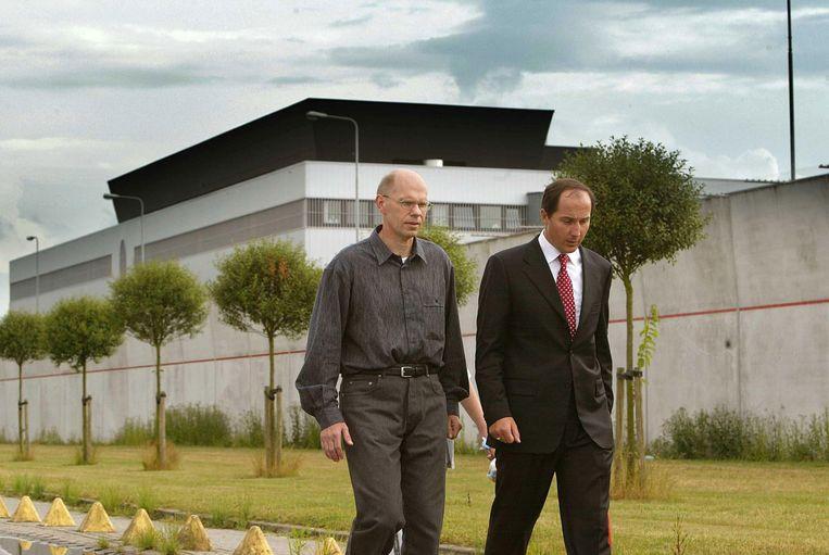Ernest Louwes bij zijn vrijlating in 2003. Beeld anp