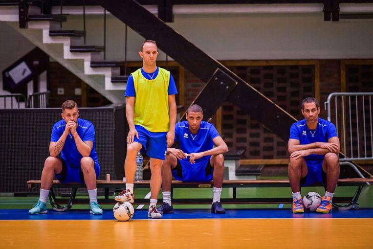 Vlnr: Dujacquier, Grello, Adnane en Fernandao.