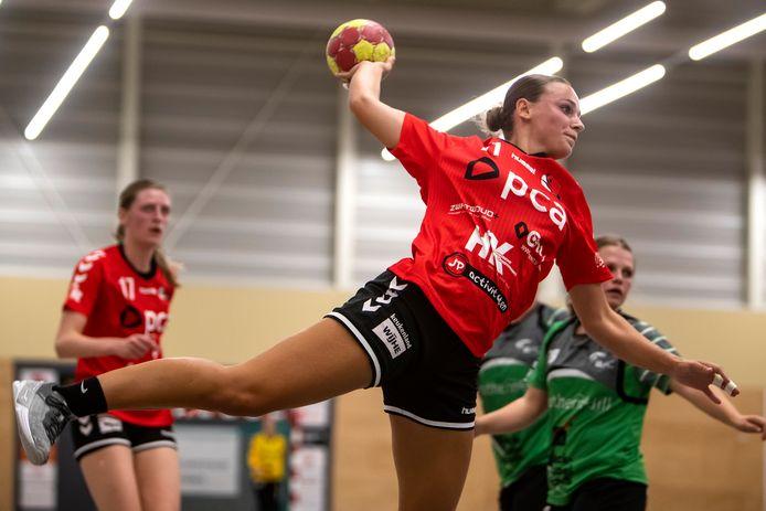Handbalster Lisa Bosch komt niet in actie met Kwiek tegen VOC.