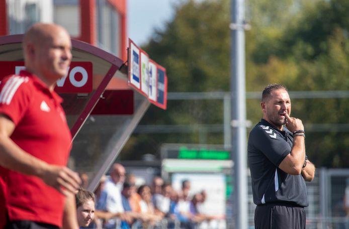 DOVO-trainer Scott Calderwood is ook eindverantwoordelijk voor het technisch beleid bij de derdedivisionist.