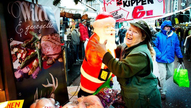 Amsterdammers houden wel van een kerstmarktje of twee Beeld anp