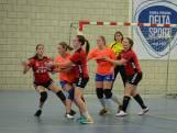 Rood gekleurde nederlagen voor handballers