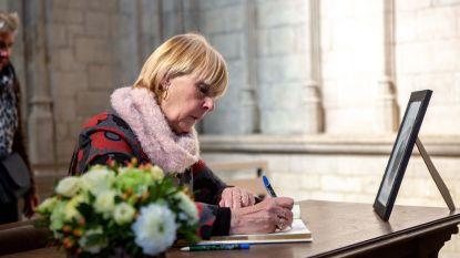 Sint-Martinusbasiliek legt rouwregister voor Paul Severs, fans en vrienden pennen massaal berichtjes neer