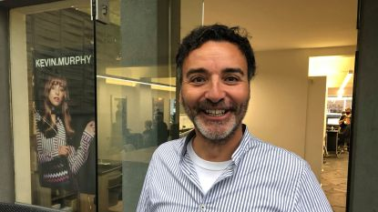 """Johan Verstreken onderging dubbele ooglidcorrectie én haartransplantatie: """"Ze schatten mij nu 10 jaar jonger"""""""