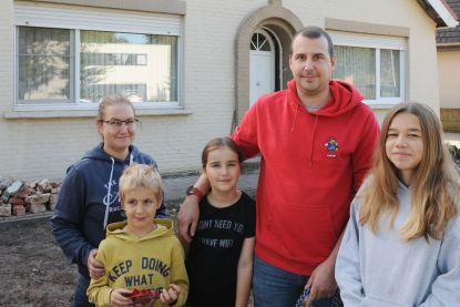 """Philip (38) en Nathalie (37) lieten hun huis schatten: """"Ik schrik ervan dat we de waarde naar 600.000 euro kunnen brengen"""""""
