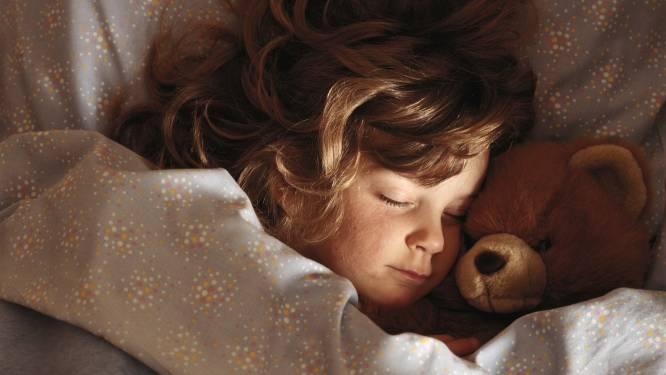 SOS wintertijd: slaapexpert geeft tips zodat de kinderen niet al om 5 uur naast je bed staan