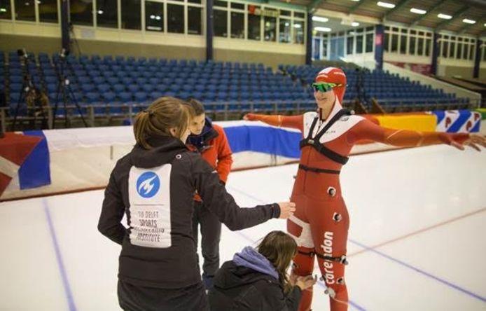Olympisch schaatser Lotte van Beek tijdens een test in Thialf in 2015.