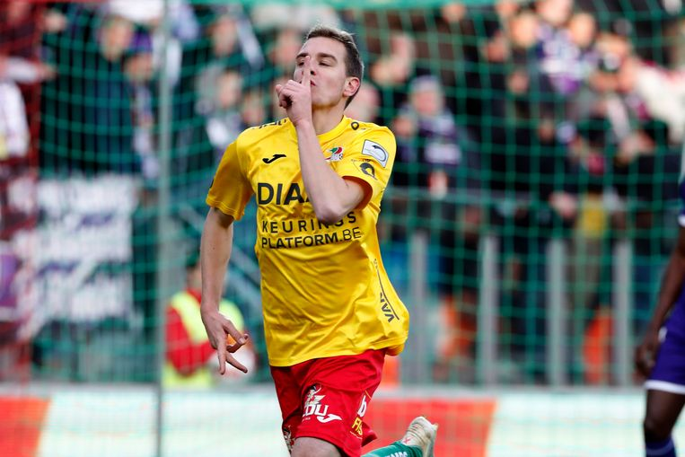 Michiel Jonckheere ruilt na negen seizoenen KVO - de club van zijn hart -  voor KV Kortrijk.