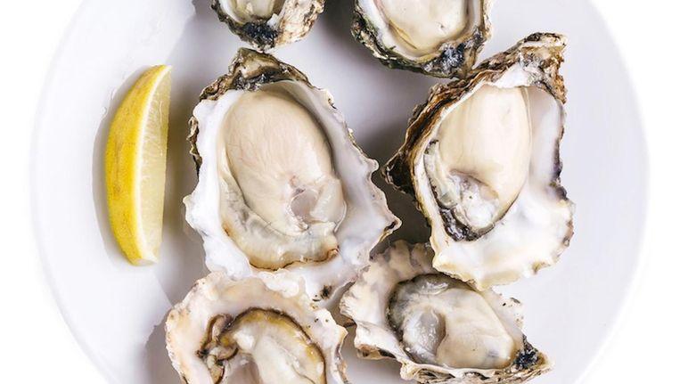 Horror of heerlijk? Hoe dan ook, oesters schijnen lustopwekkend te zijn. Beeld Shutterstock