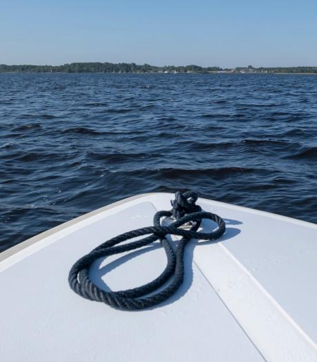 Melding 'persoon' in het Veerse Meer blijkt surfplank