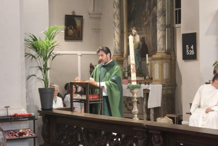 Pastoor Dirk Moereels.