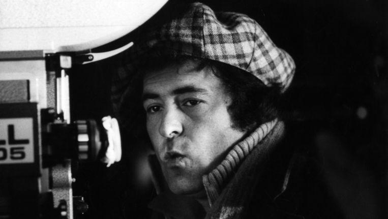 Filmmaker Bernardo Bertolucci, juryvoorzitter in Venetië, in 1979 achter de camera. Beeld getty