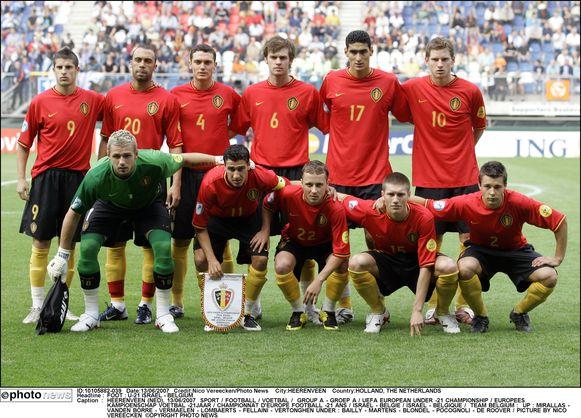 De ploeg uit 2007 met boven: Mirallas, Vanden Borre, Vermaelen, Lombaerts, Fellaini en Vertonghen en onderin Bailly, Martens, Blondel, Pocognoli en De Roover.