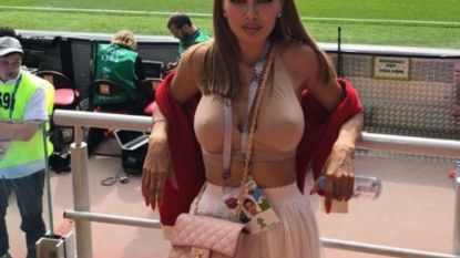 Zat dit Russisch en van spionage verdachte gewezen Playboy-model gisteren voor Fellaini in de tribune?