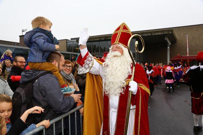 Aalter Schrapt Intocht Sinterklaas Wel Sinttheater In Kleine Bubbels Aalter Hln Be