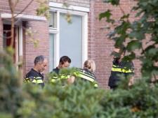 Politie vindt vuurwapens en drugs bij inval in Gennepse woning