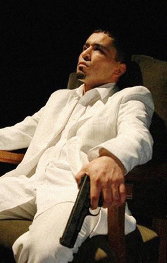 L. in zijn tijd als rapper, alias Topa de Barbaar.