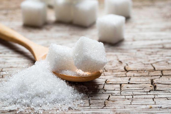 Dagelijkse krijgen we gemiddeld dertig procent te veel vrije suikers binnen.