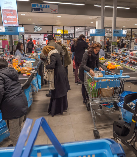 Albert Heijn ontfermt zich over eenzame klanten: 'We willen óók een goede buur zijn'