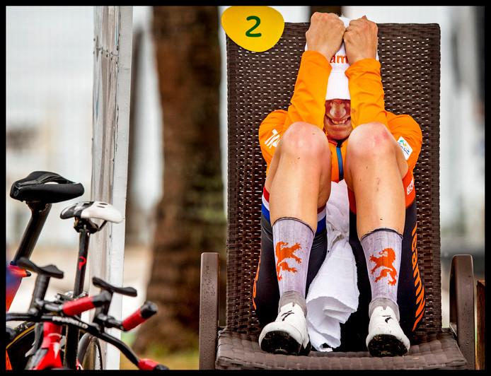 Ellen van Dijk beseft dat zij door haar val in een greppel een gouden medaille heeft verspeeld in Rio.