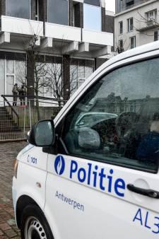 Un détenu s'échappe sur un vélo volé avant d'être rattrapé lors d'un transfert à Anvers