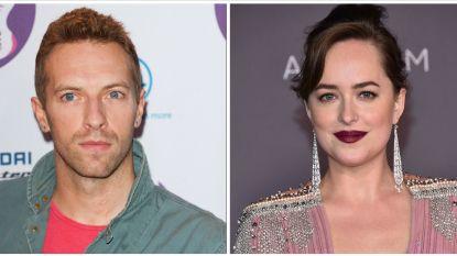 """Het wordt serieus tussen Chris Martin en Dakota Johnson: """"Er is een verloving in de maak"""""""
