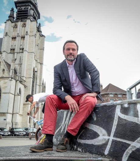 """La Wallonie """"proche d'un régime communiste"""" aux yeux du gouverneur de la BNB, Elio Di Rupo voit rouge"""